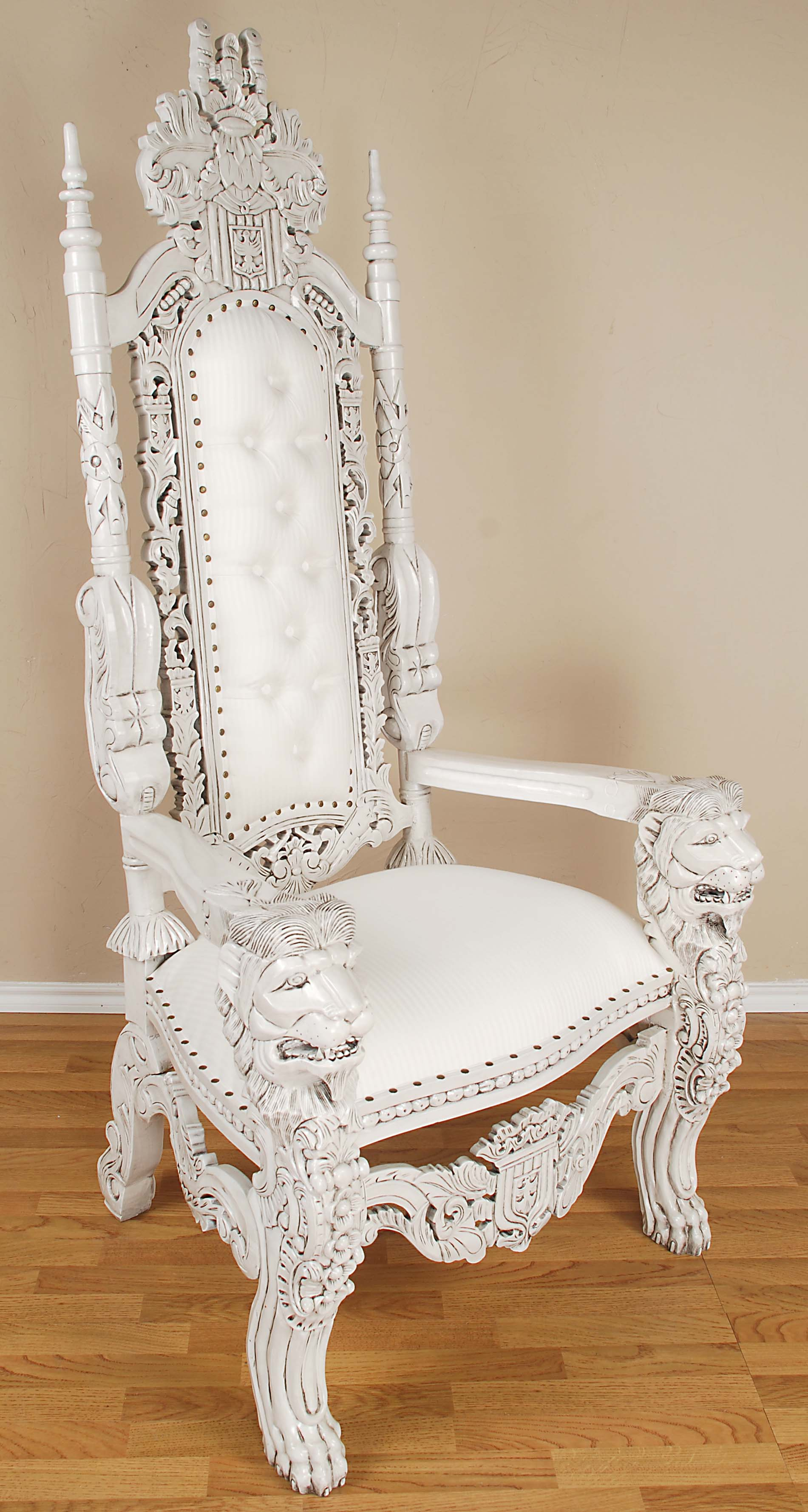 King Lion Throne Chair White
